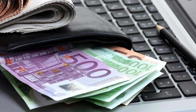 E-commerce, un consumatore su sei paga alla consegna